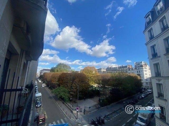2 5 Paris 17ème