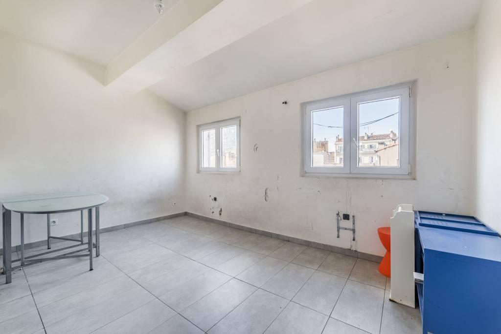 Sale Apartment Marseille 1er