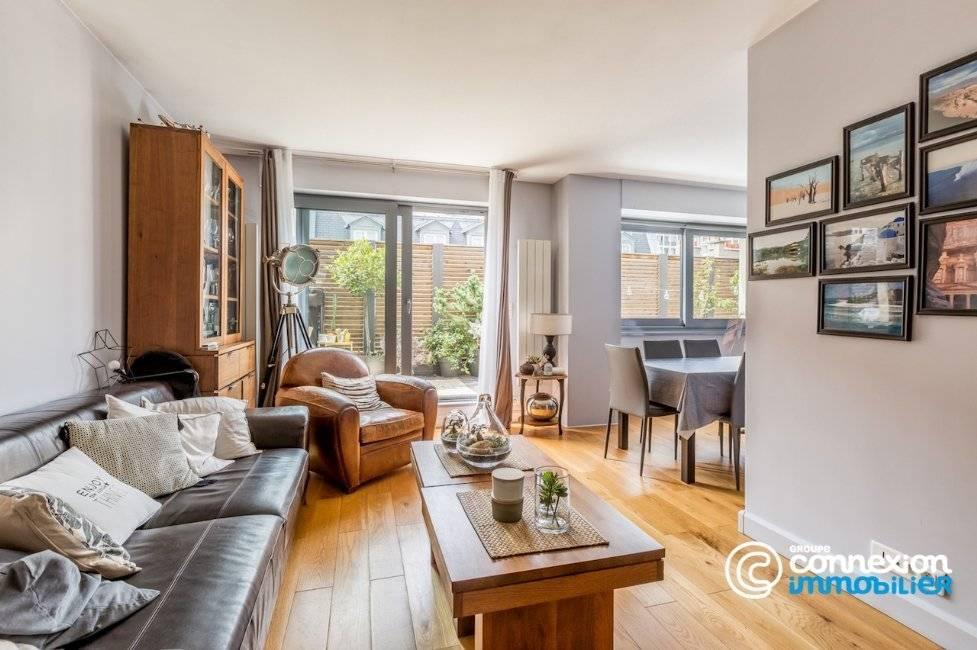 Sale Apartment Paris 17th