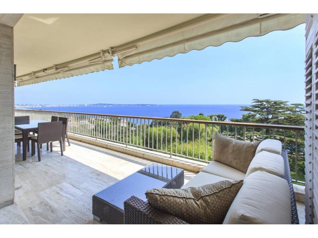 Appartement  4 Rooms 187m2  for sale  2690000 €