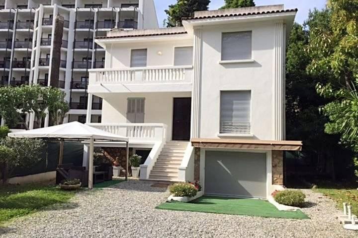 Seasonal rental Villa Cannes