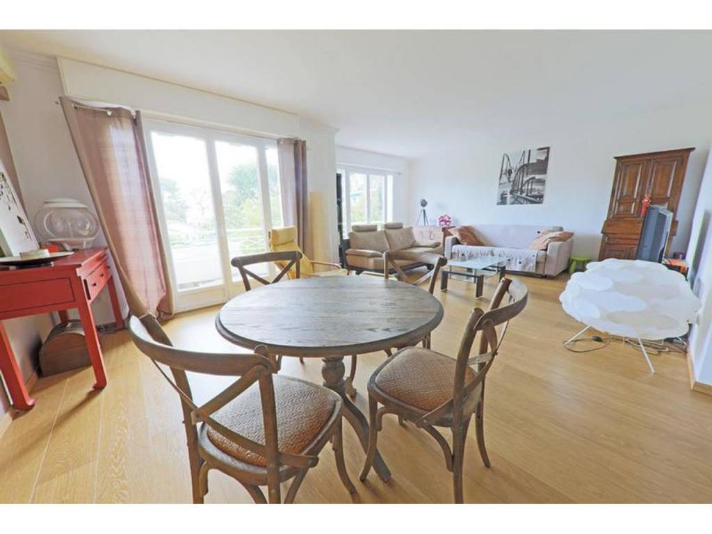 Appartement  3 Rooms 94.55m2  for sale   525000 €
