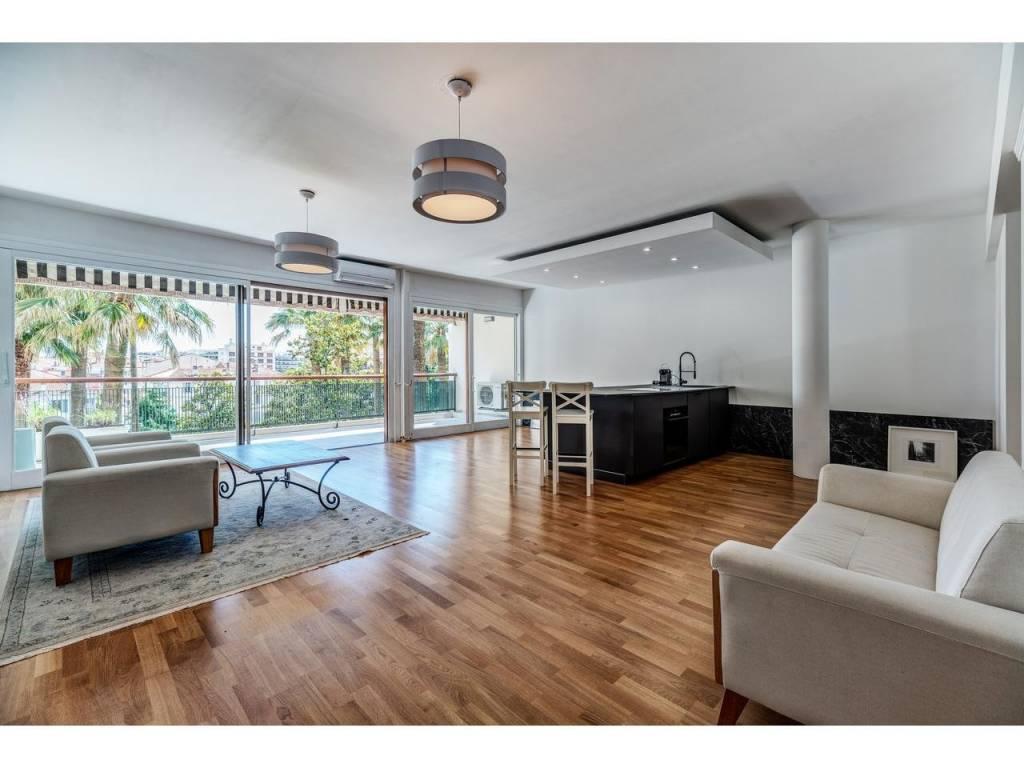 Appartement  3 Locali 90m2  In vendita   645000 €