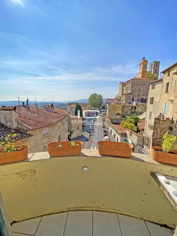 3 pièces avec balcon - cave - vue panoramique
