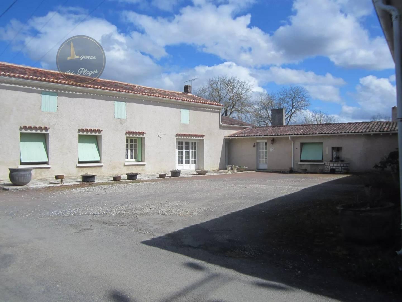 Sale House Saint-André-de-Lidon