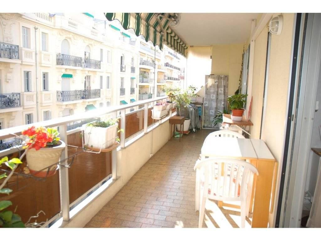 Appartement - 2 pièce(s) - 61.81 m2