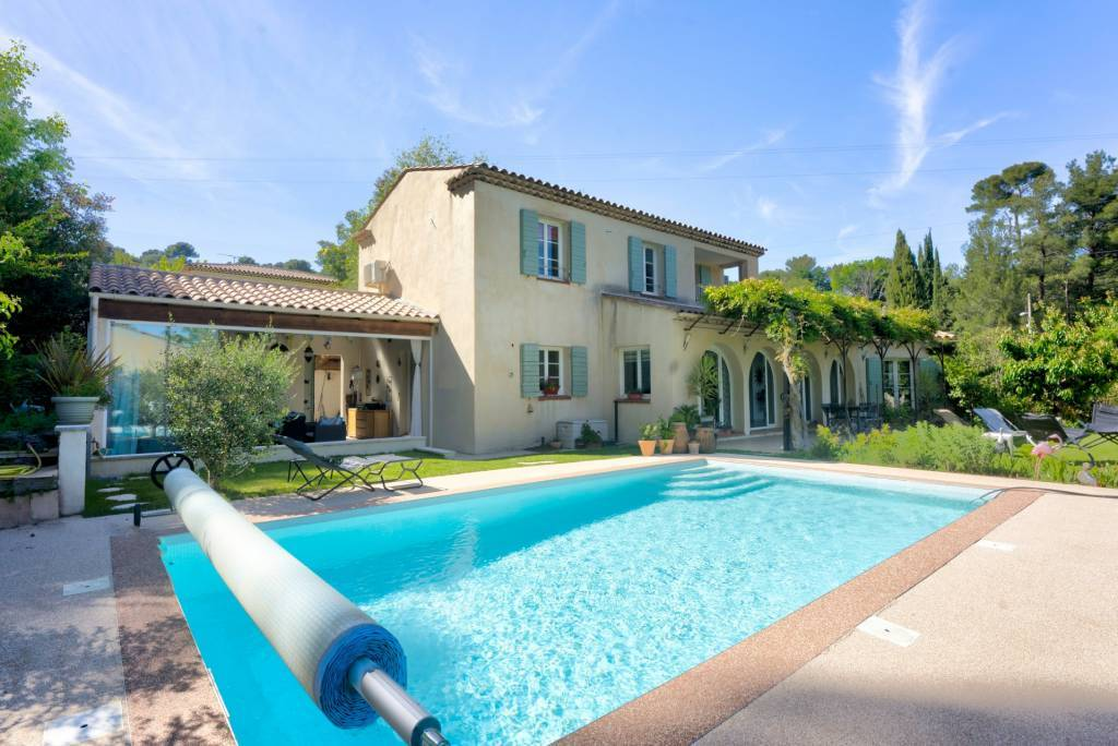 Charming property near the city center with Sainte Victoire view