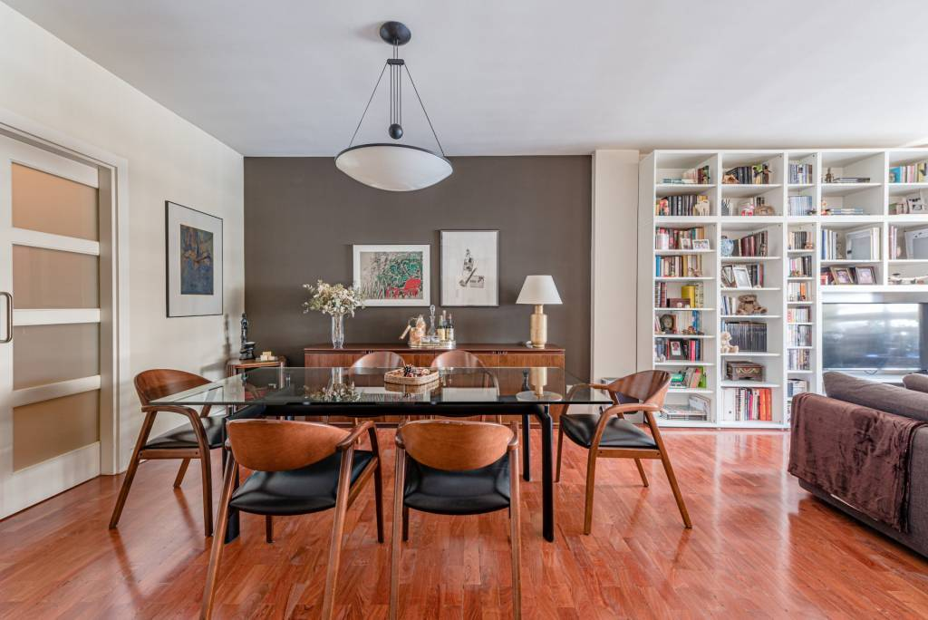 Luxurious property in Madrid's financial area
