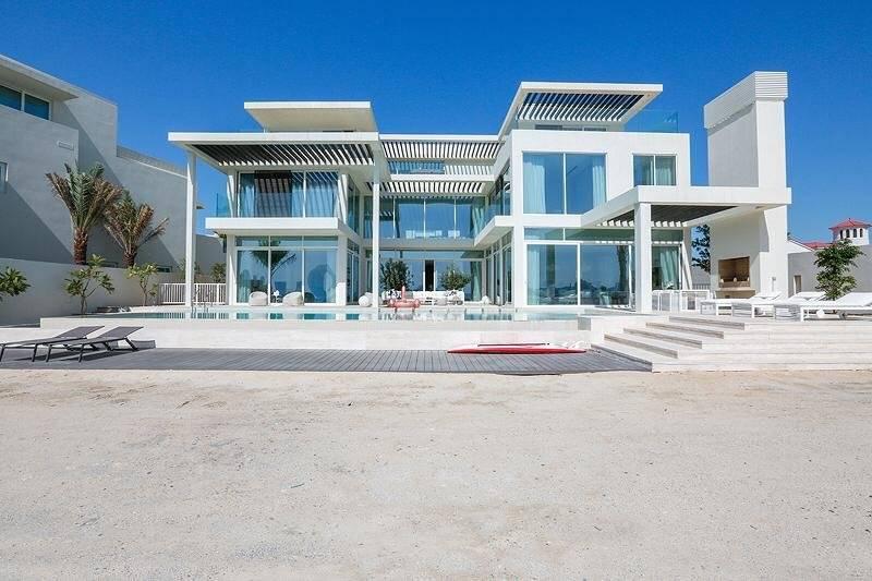 Rare High Number Custom Built Stunning Mansion On Palm Jumeirah