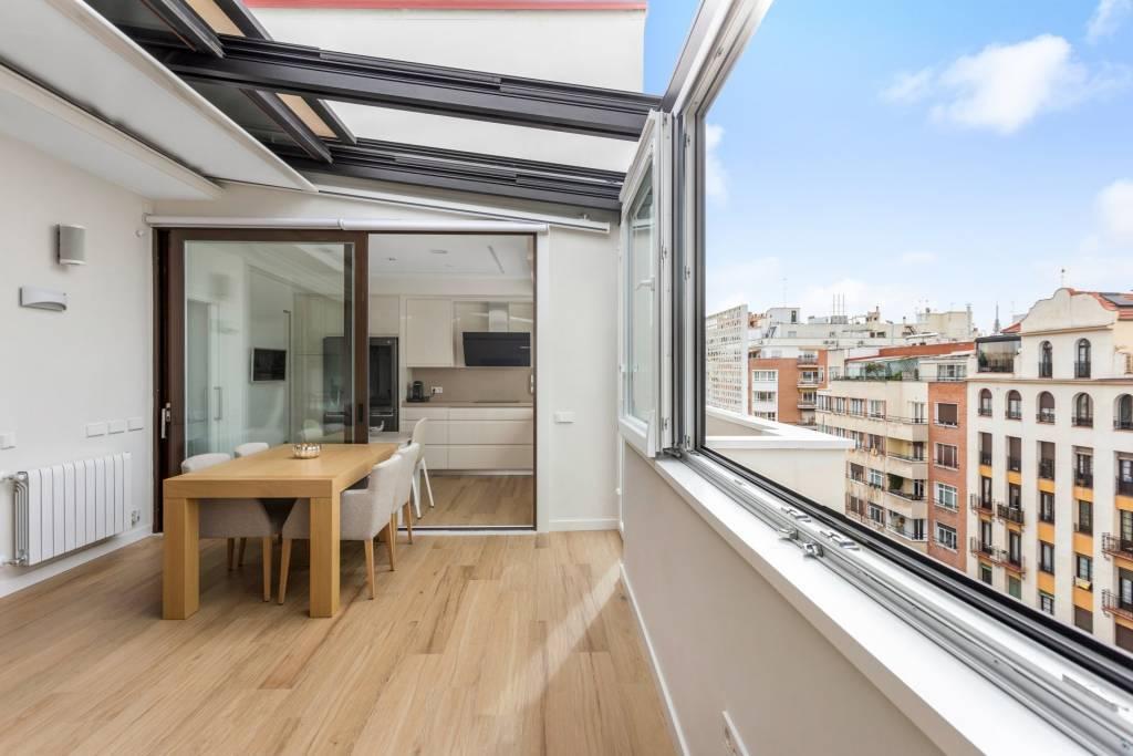 Refurbished Penthouse in Ortega y Gasset