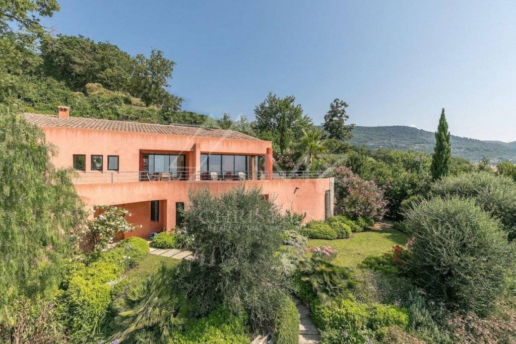 Modern Panoramic Property For Sale in Saint Paul de Vence France