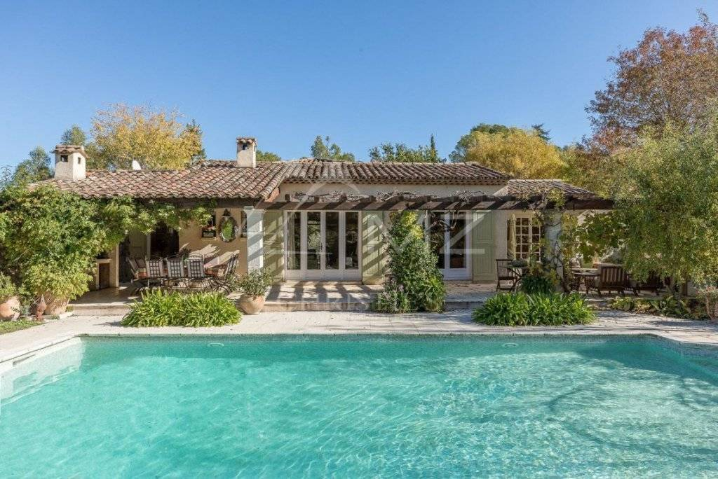 Charming Provencal Property For Sale in Mougins France