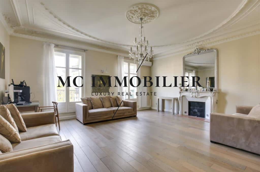 property_areas:2 property_flooring:1 property_service:2 general:12