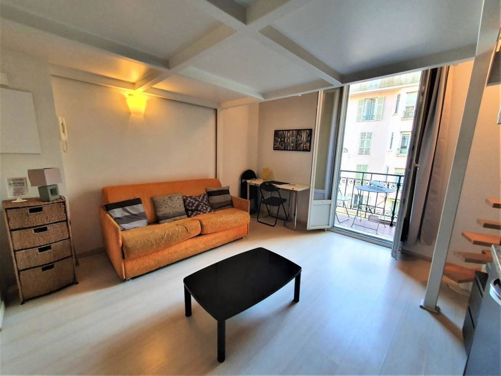 Appartement  1 Rooms 25m2  for sale   179 000 €