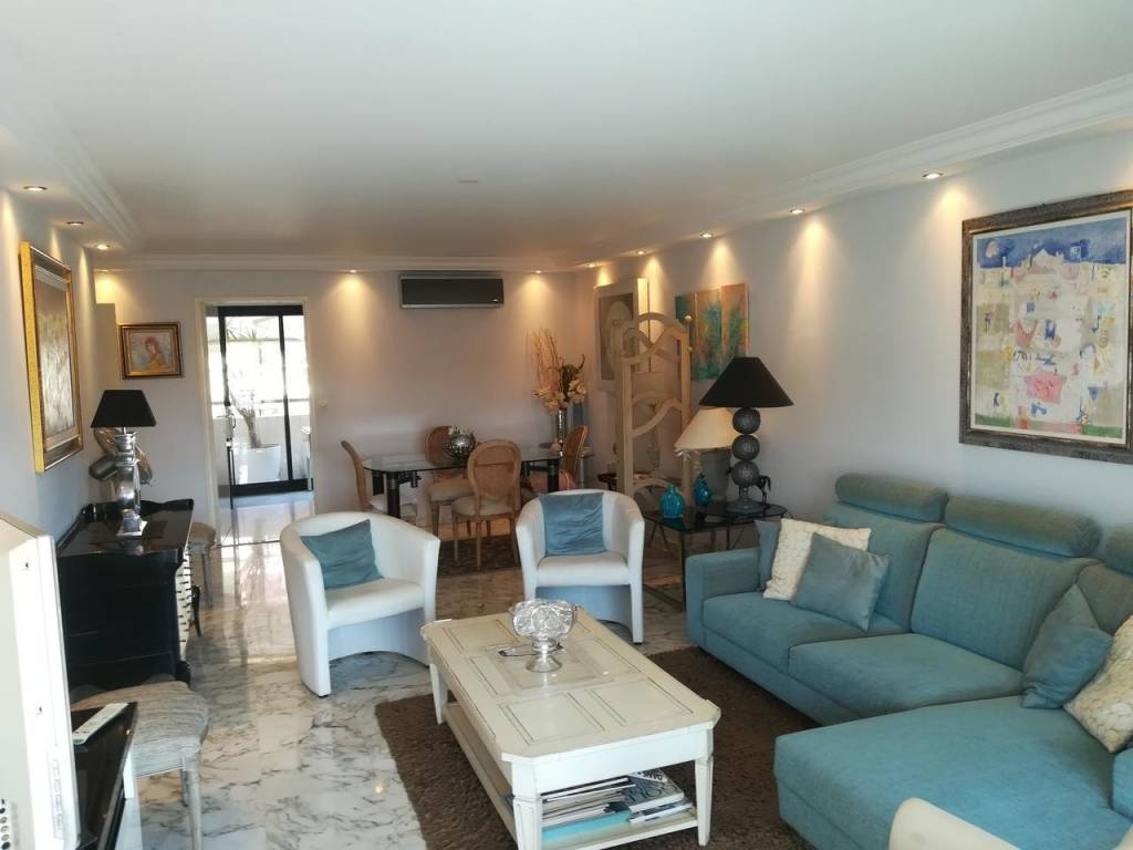 Appartement  3 Rooms 81m2  for sale   520 000 €