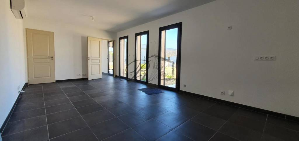 Rental Premises La Tour-d'Aigues