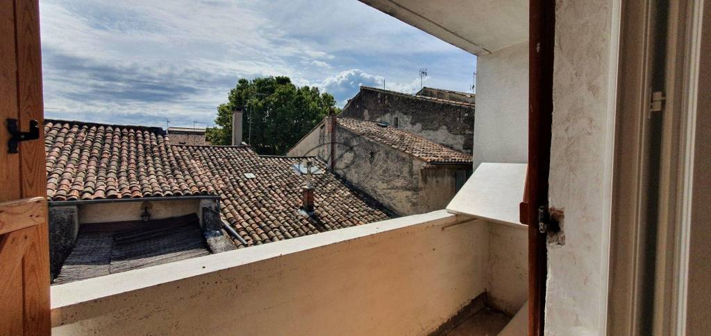 Vente appartement T3 en duplex avec extérieurs, Pertuis 84120.