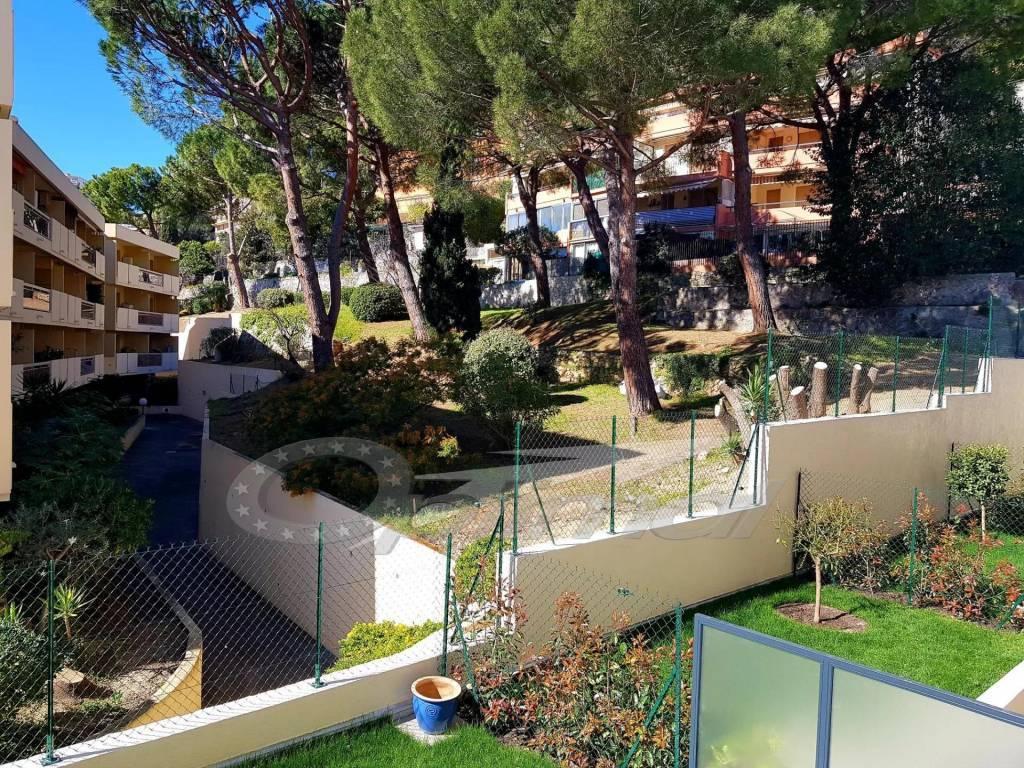 Roquebrune Plage - Alloggio nuovo con possibilità garage.