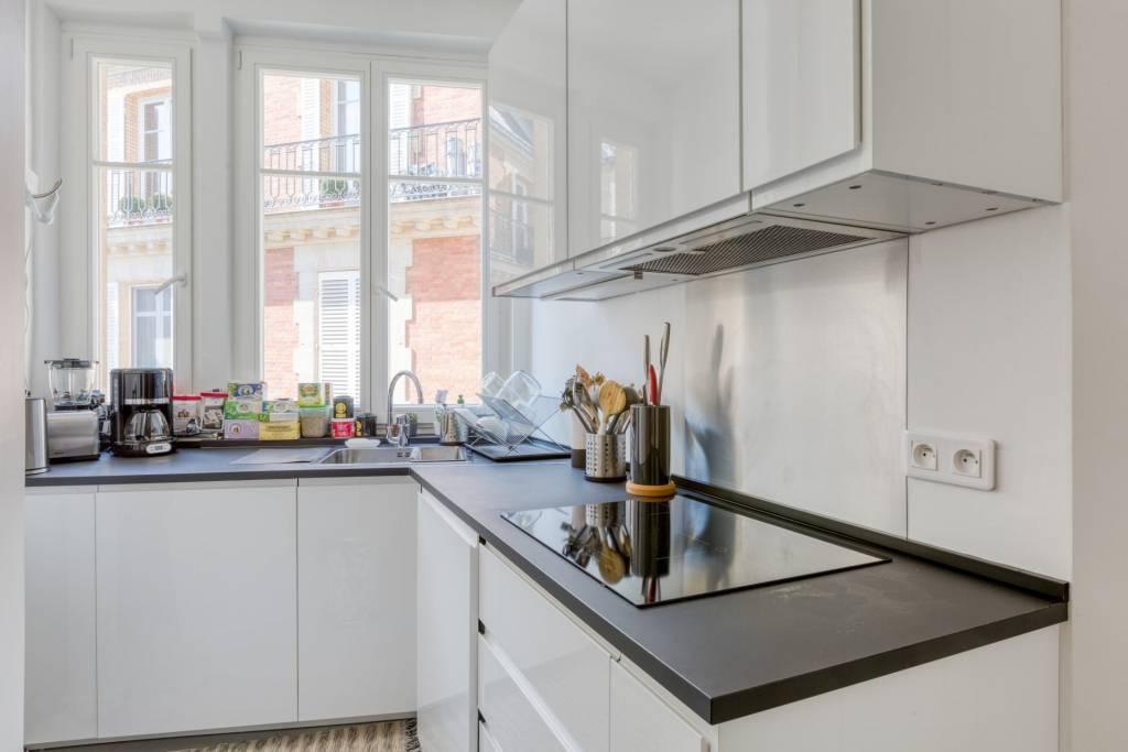 Location appartement - Rue de l'Université, 75007 Paris