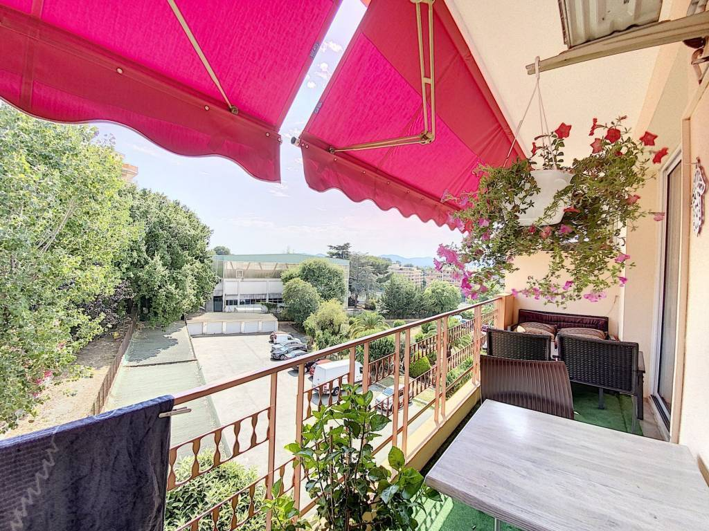 Sale Apartment Le Cannet Rocheville
