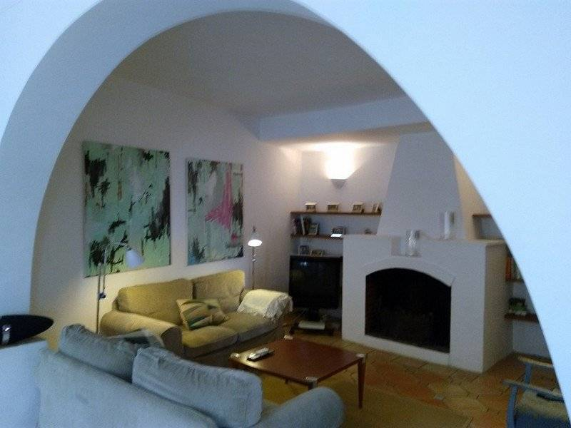 CAGNES-SUR-MER. HAUT-DE-CAGNES. Superb village house, 4 bedrooms, terrace, garage. Very rare.