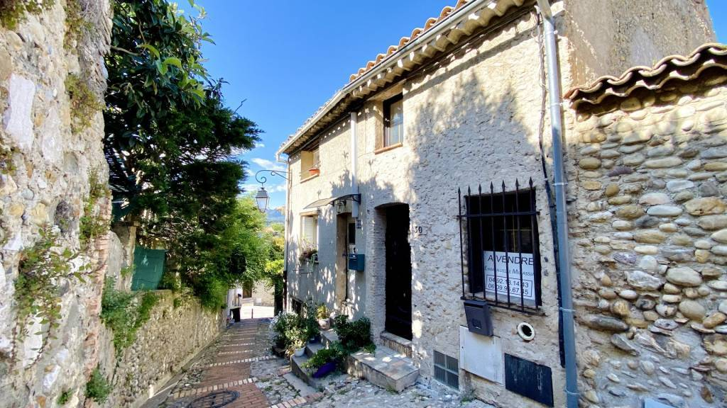 HAUT DE CAGNES, nice house with 3 bedrooms