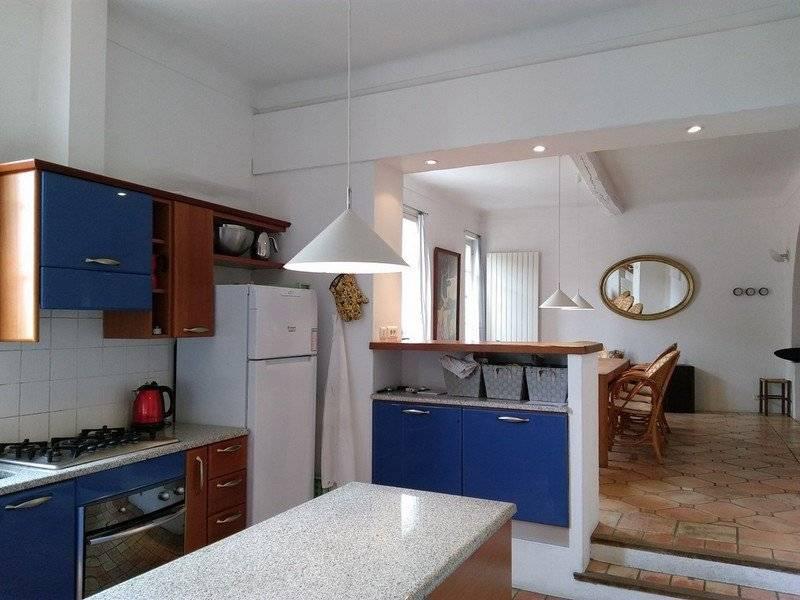 CAGNES-SUR-MER. HAUT-DE-CAGNES. Superb village house, 4 bedrooms, terrace, garage. Very rare.
