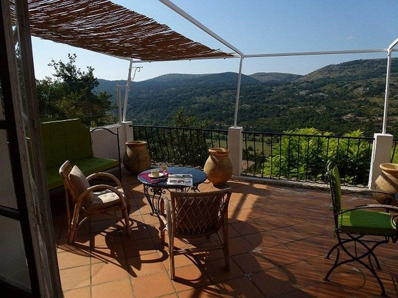 """COURSEGOULES, ideal guest house or  """"auberge de charme"""""""