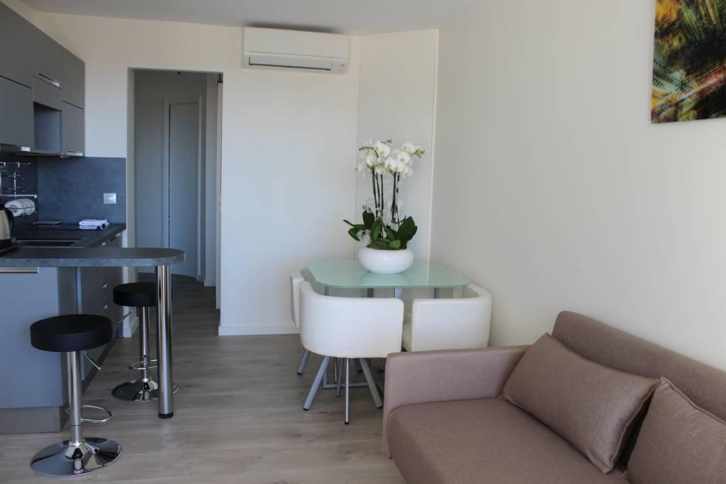 Affitto stagionale Appartamento Villefranche-sur-Mer