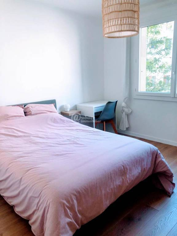 CHAMBRE INDIVIDUELLE MEUBLEE