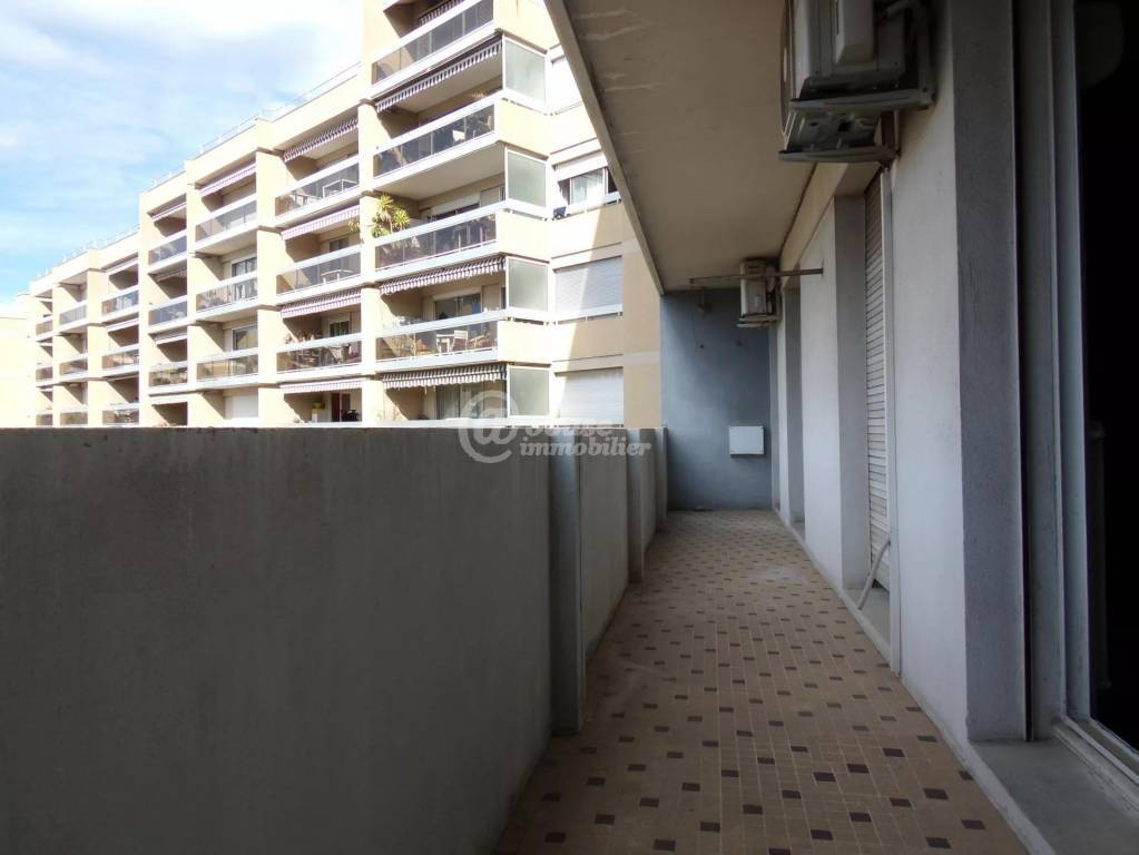 Appartement T5 Longchamp traversant 118m2