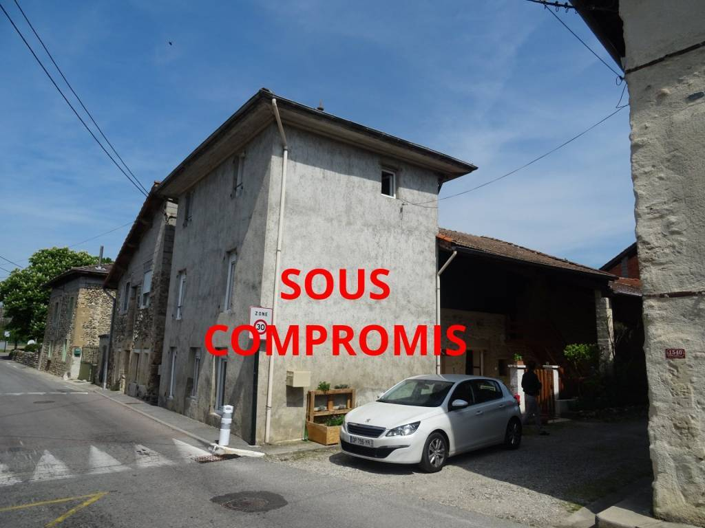 Sale House Saint-Hilaire-du-Rosier