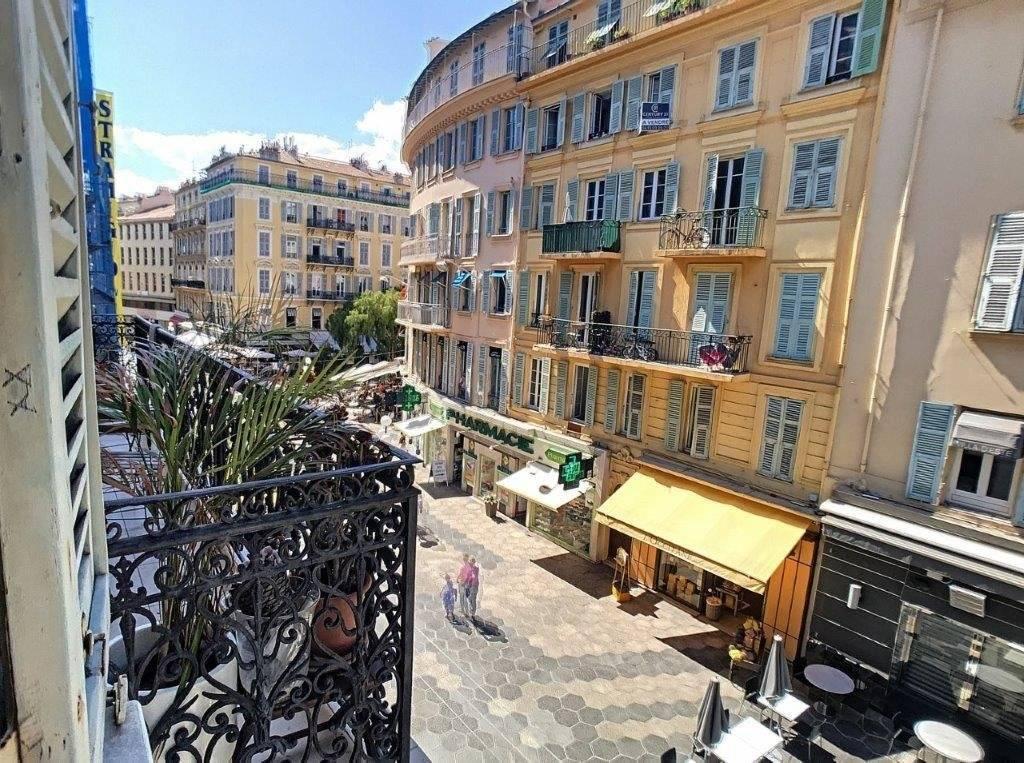SALE Apartment 2 Rooms Nice Carré d'Or Piétonne Terrace Mezzanine