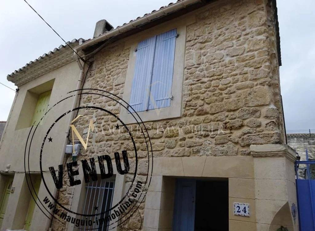 Maison de village  F2 plein centre