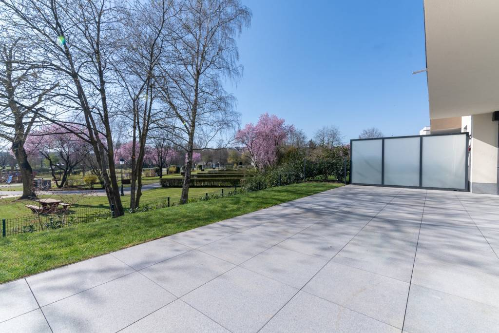 Schöne Neubauwohnung in Alzingen (Garten & Terrasse)