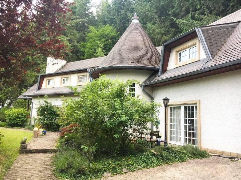 Villa à Moutfort avec projet de construction autorisé