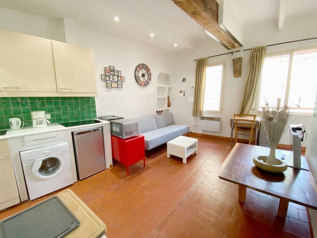 Appartement Type 2 pour investissement immobilier à Aix en p