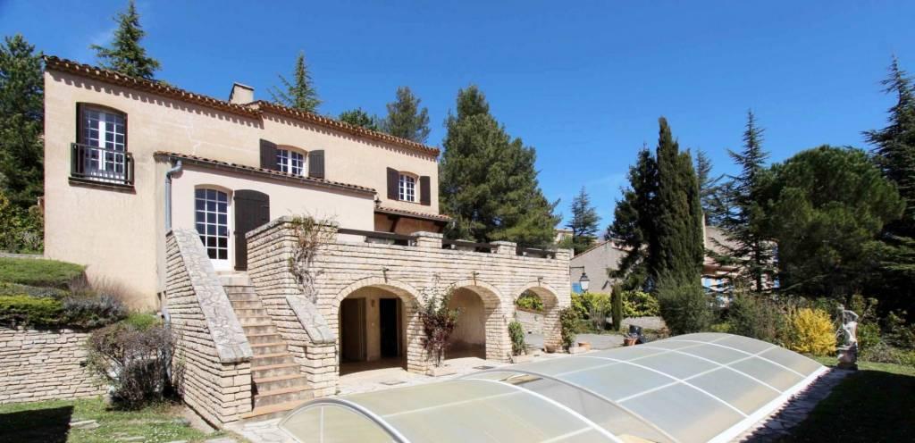 Villa 200 m2 avec piscine et poolhouse