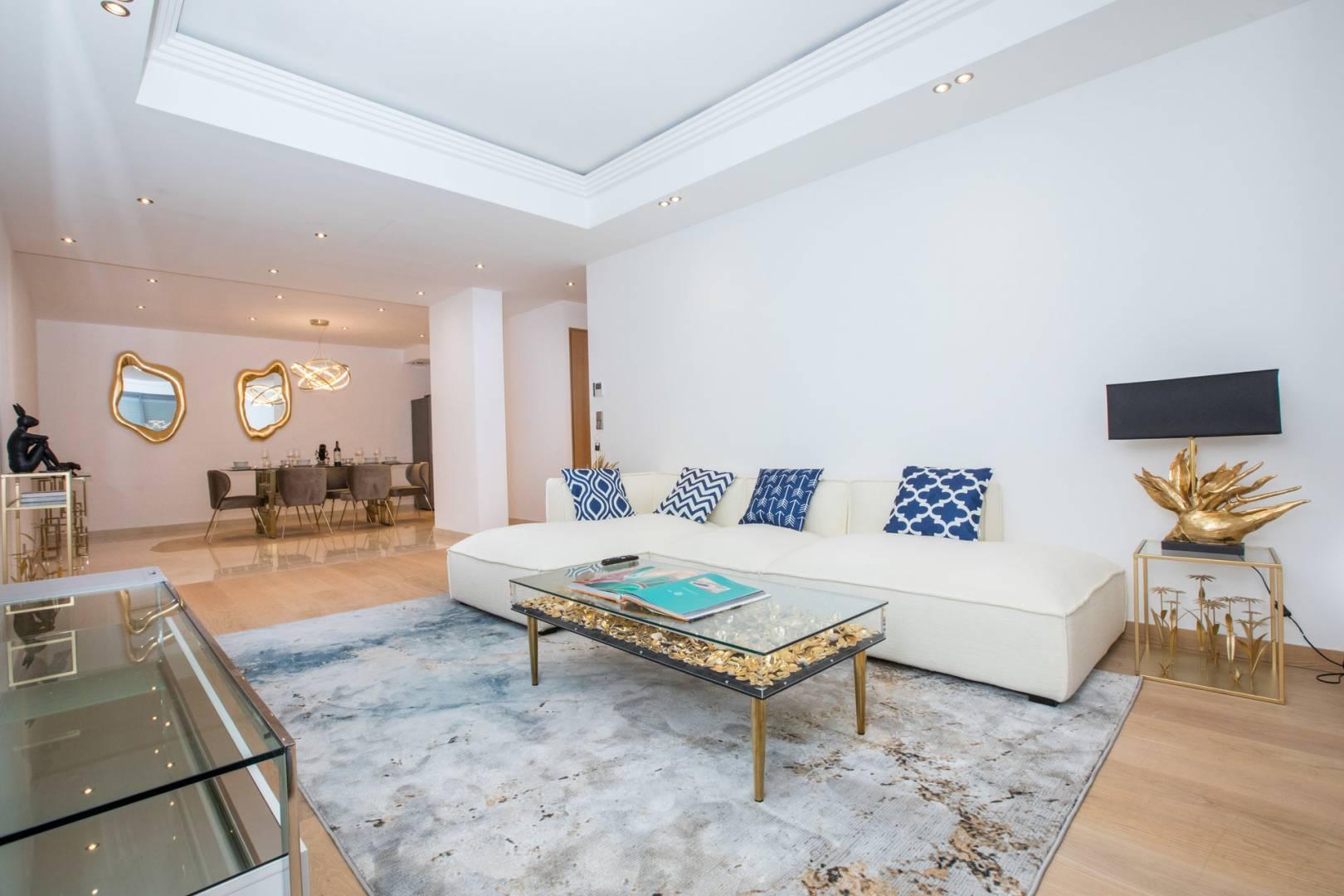 Living-room Wooden floor Tile