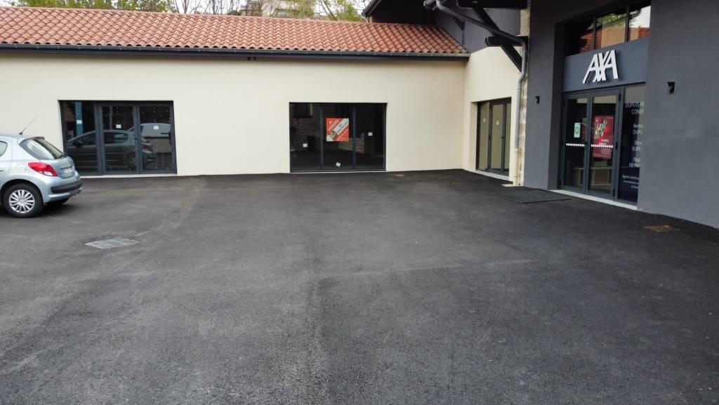 Plateaux 180 m² - BEAUJEU