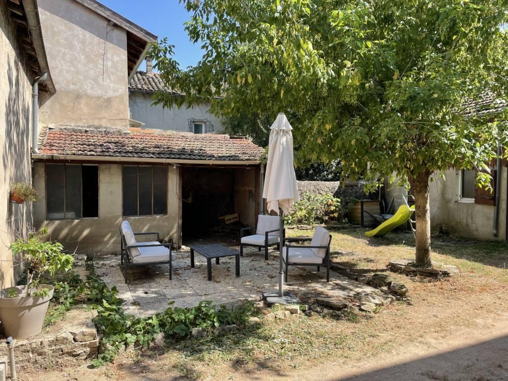 Maison de village VILLIE-MORGON