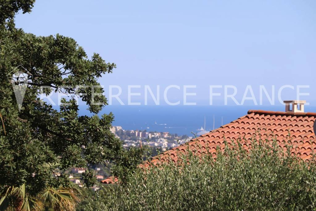 SECURE DOMAIN. THE LAST OPPORTUNITYIN MOUGINS IN THIS RANGE OF PRICE.