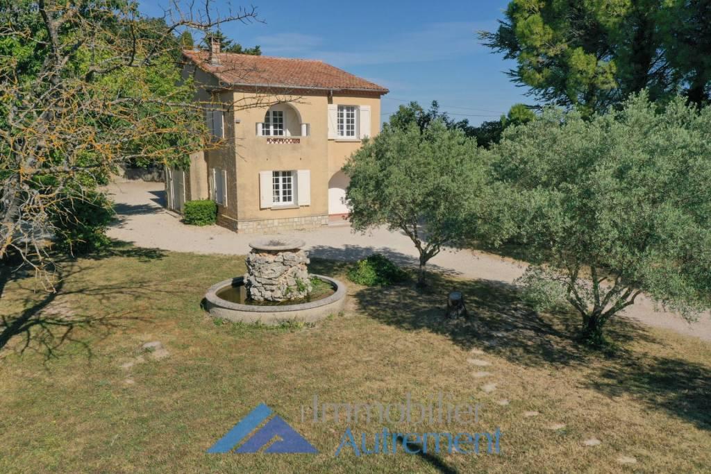 Sale Villa Aix-en-Provence Nord