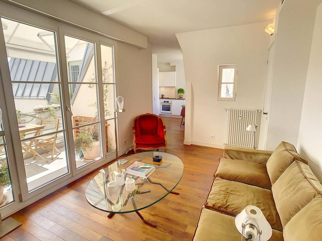 Appartement  2 Rooms 44m2  for sale   360000 €