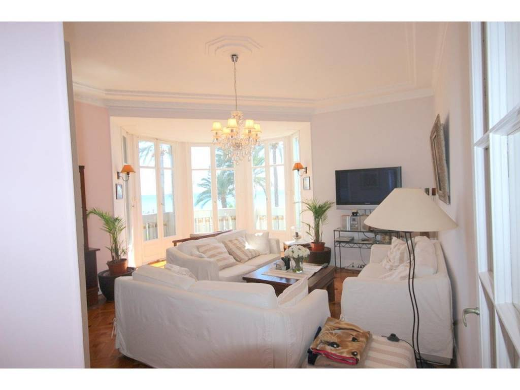 Appartement  3 Rooms 85m2  for sale   895000 €