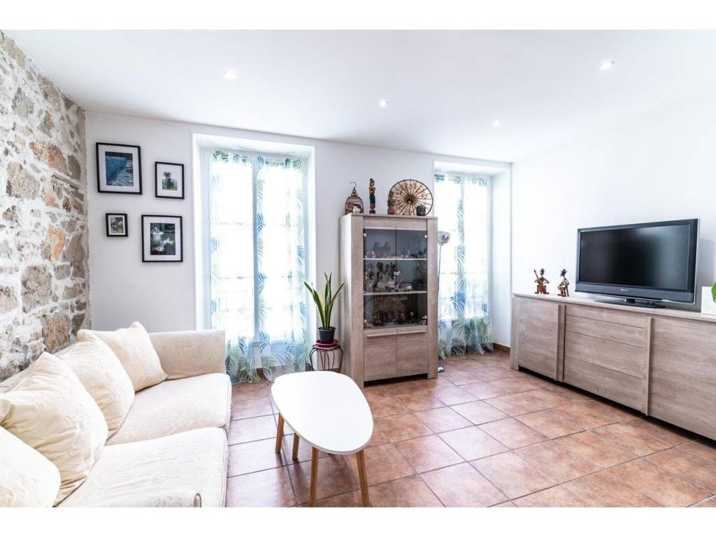 Appartement  2 Rooms 39m2  for sale   245000 €
