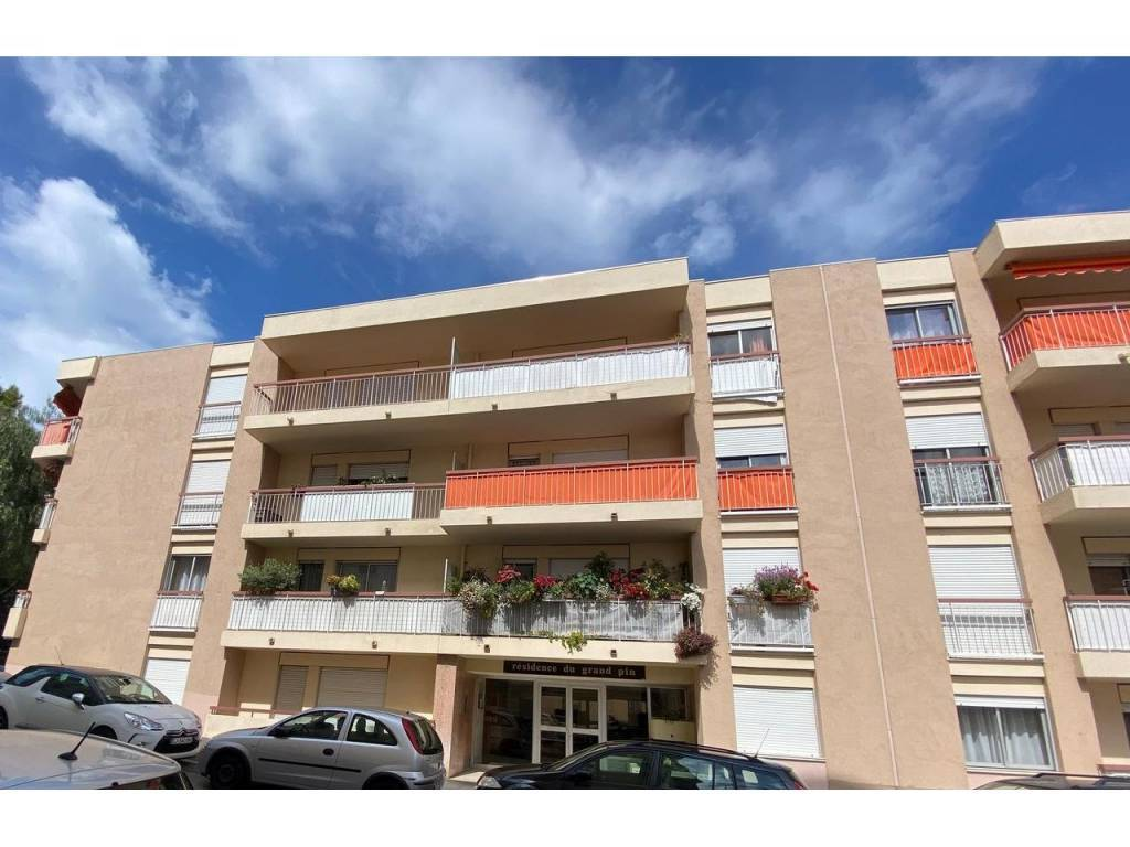 Appartement  3 Rooms 74.24m2  for sale   339000 €
