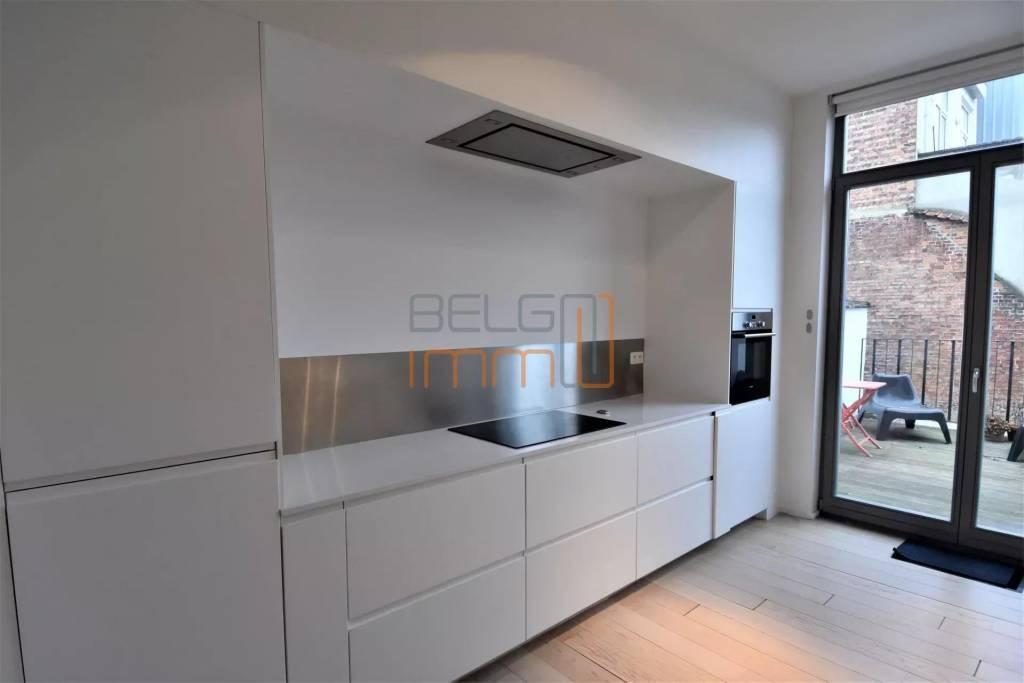 Chatelain : Superbe duplex 2 ch + bureau et terrasse