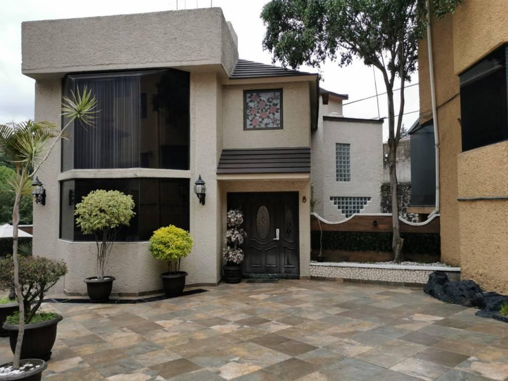 Mexico City - Picacho Ajusco Highway - Tlalpan - For Sale - House in Condominium - 3 Bedrooms - 3 Bathrooms - 4 Parking