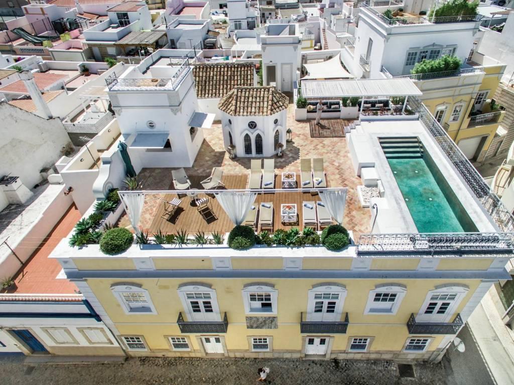 Algarve - Maison - Location saisonnière - 24 Personnes - 12 Chambres - Piscine.